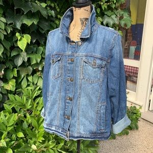 DISTRESSED JEAN JACKET FROM FOREVER 21, 3X